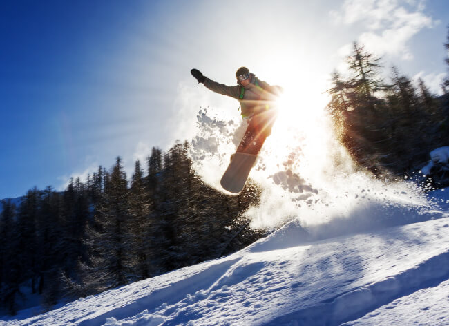 Mammoth Vacations, skiing, snowboarding winter sports in Mammoth Lakes and vacationing in the Eastern Sierra's
